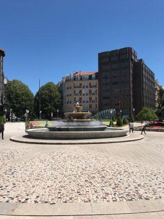 Plaza Moyúa: photo0.jpg