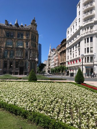 Plaza Moyúa: photo2.jpg