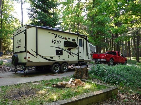 Lock 30 Woodlands RV Campground Resort : Campsite #28 view.