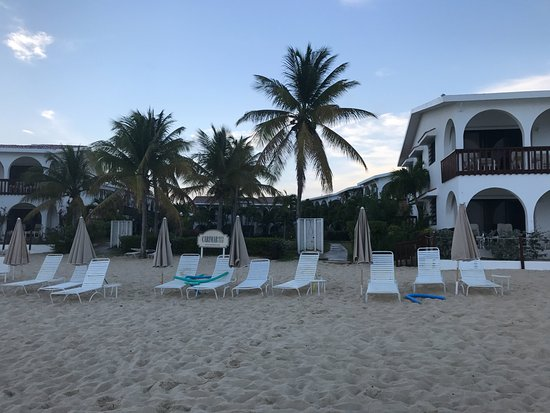 Carimar Beach Club: Looking from the water.