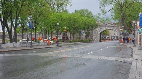 St louis gate porte st louis photo de st louis gate for Porte st louis