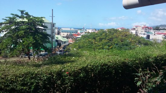 Fort Young Hotel: View from Room - Right
