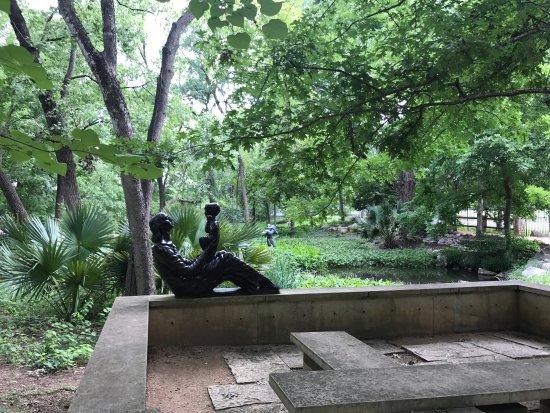 Umlauf Sculpture Garden & Museum : photo1.jpg
