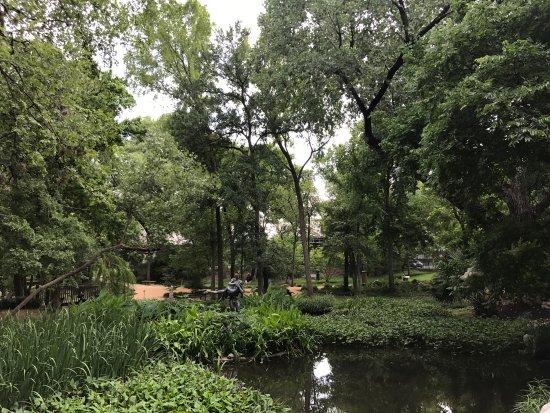 Umlauf Sculpture Garden & Museum : photo2.jpg