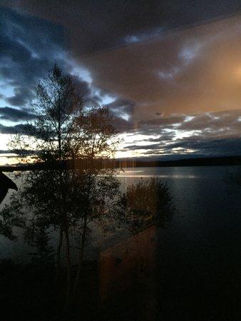Saint Michel des Saints, Canada: Coucher de soleil magnifique à l auberge