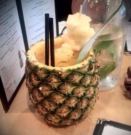 Pamika Brasserie Thai : The amazing pineapple drink