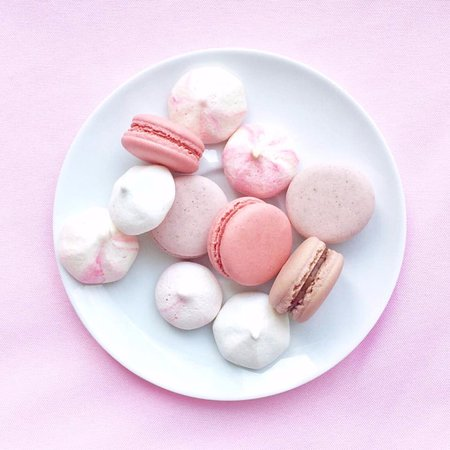 Westmount, Canada: Allergy free, gluten free and vegan meringues and macarons