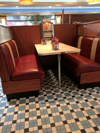 Silver Diner: IMG_20170528_140019_large.jpg