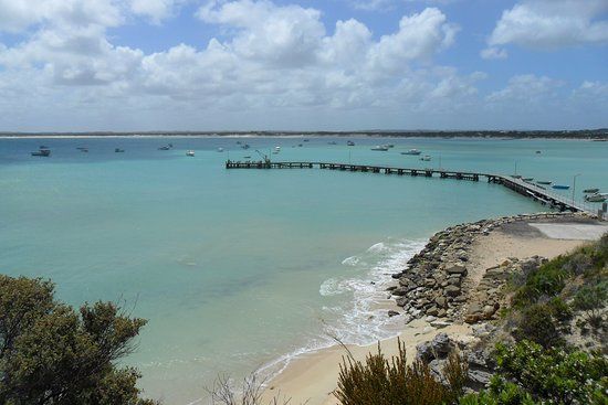 Southend, Australia: View of boats from above the jetty and our sandy beaches. Very safe for swimming.