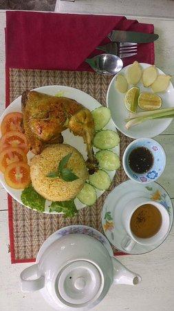 Lemongrass Bistro