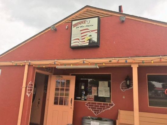 Alvarado, TX: Entrance