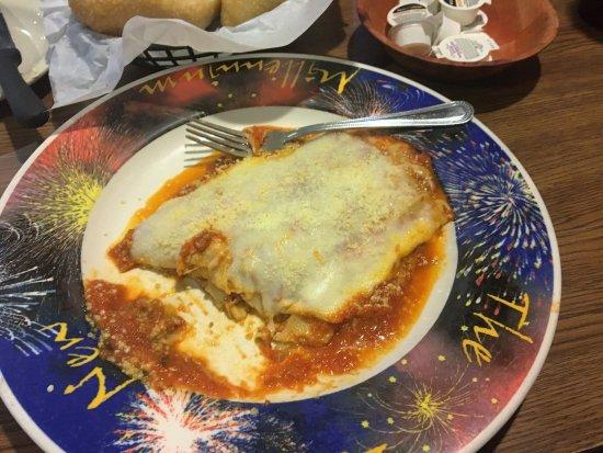Alvarado, เท็กซัส: Lasagna...couldn't wait !