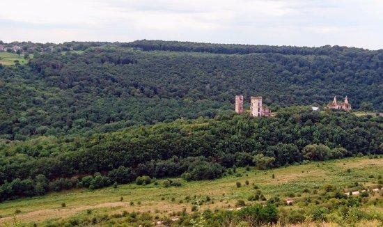 Nyrkiv, Ukraine: Chervonohorod Castle