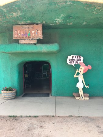 Flintstone Bedrock City: Entrance to the cafe and gift shop