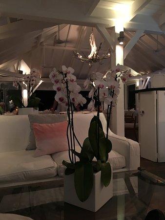 Cheval Blanc St Barth Isle De France: Small Bar Area