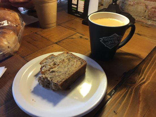 Jacksonville, OR: Coffee and banana bread
