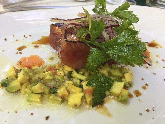Le plat principal picture of restaurant le jardin du quai l 39 isle sur la sorgue tripadvisor - Le jardin du quai isle sur la sorgue ...