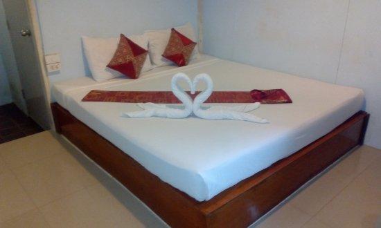 Phuphaya Seaview Resort: IMG-20170605-WA0002_large.jpg
