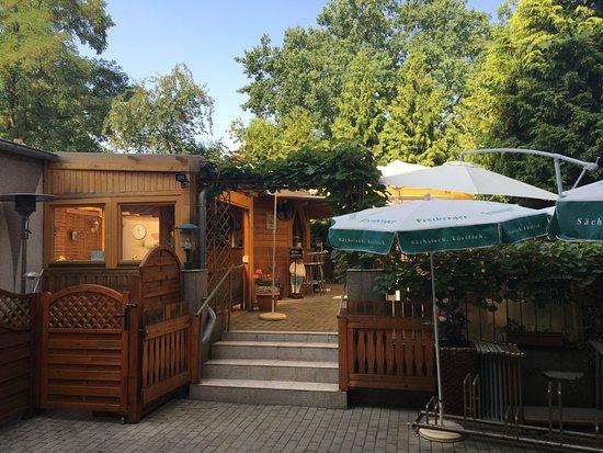 Restaurant und pension alt mockau leipzig restaurant for Pension leipzig zentrum