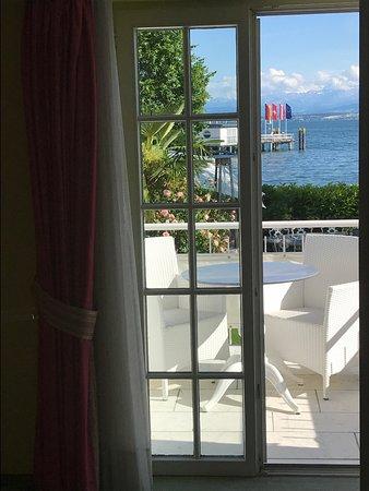Villa am See: Blick aus dem Zimmer