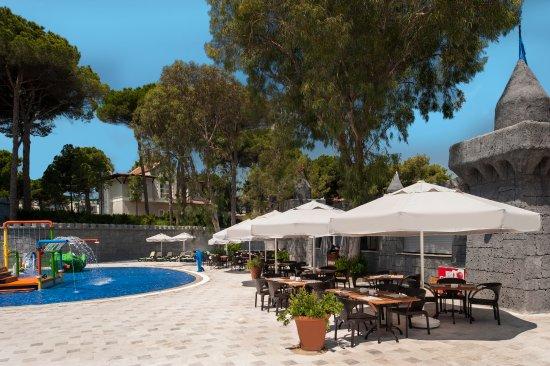 Maxx Royal Belek Golf Resort: Aqua Lounge Snack