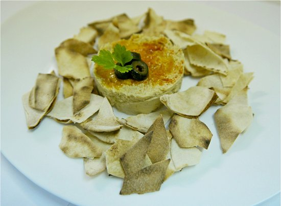 Hummus with Arabian Pita Bread