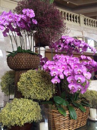 The Peninsula Manila: Flowers in the Lobby