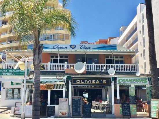 Oliviea's Sports Bar