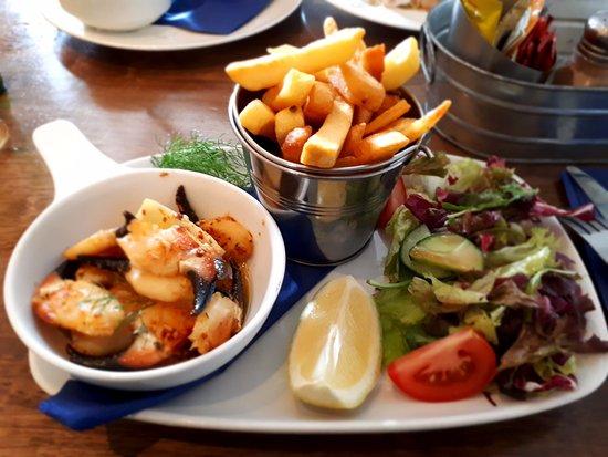 The Strand Inn: crab clawn special