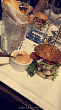 Le Baligan : Humburger homard un  délice
