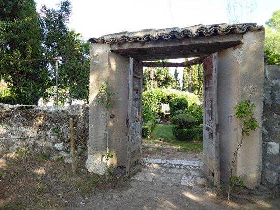 Jardines Romanticos de la Real Fabrica de Panos de Carlos III.Brihuega