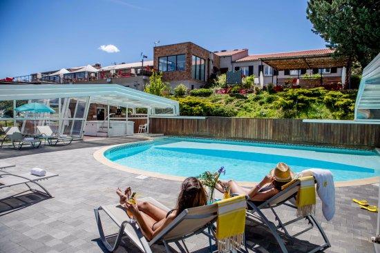 Hotel des Gorges du Verdon: La piscine en accès libre