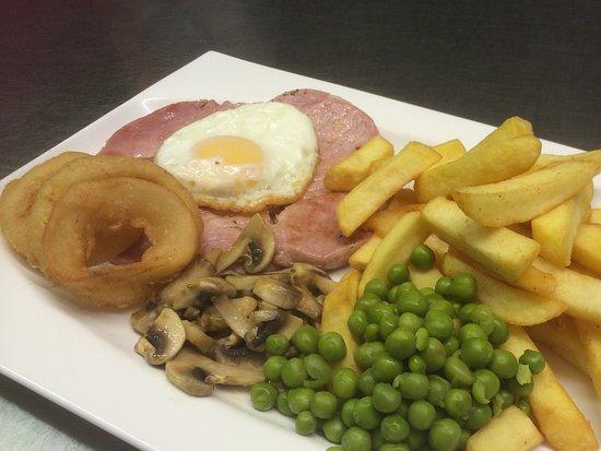 Llangorse, UK: Gammon meal £9.20