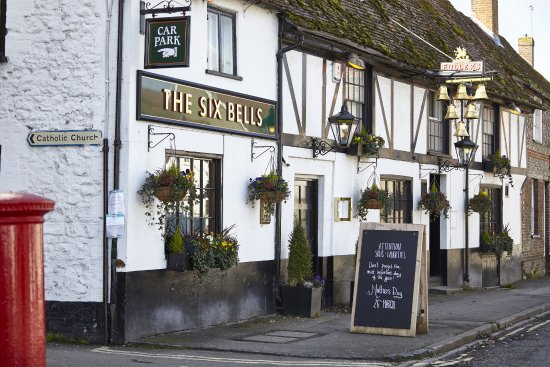 Thame, UK: The Six Bells - Food