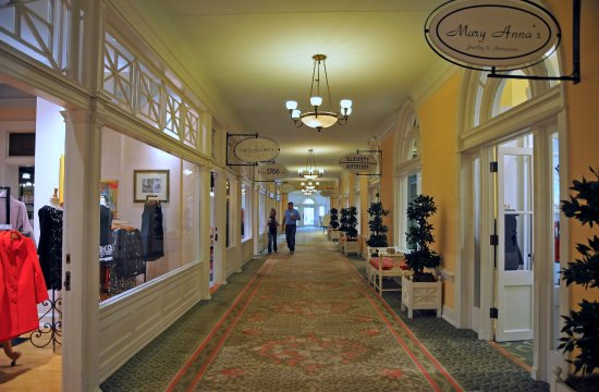 Hot Springs, VA: The shops at The Homestead