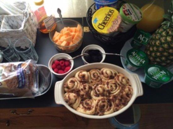 Marblehead, ماساتشوستس: Cinnamon rolls are a specialty