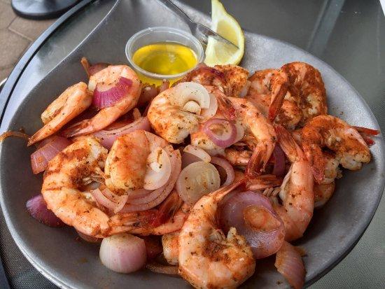 MJ's Raw Bar & Grille: Steamed Shrimp