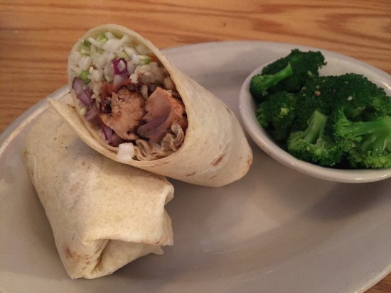 MJ's Raw Bar & Grille: Asian Salmon Wrap