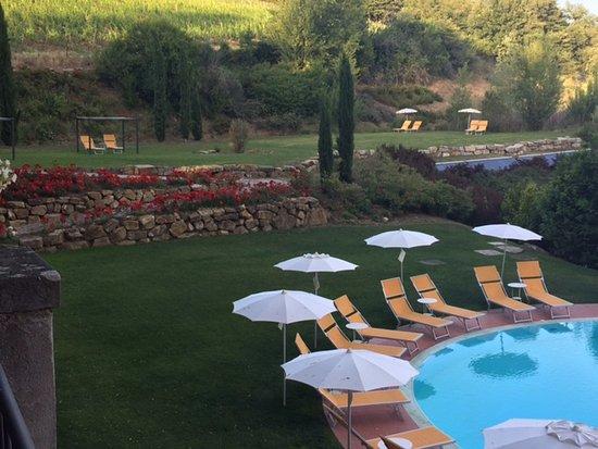 vista dalla terrazza - Picture of Hotel Villa Campomaggio Resort ...