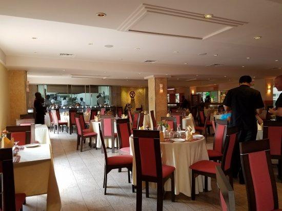 Haandi Restaurant: Interior