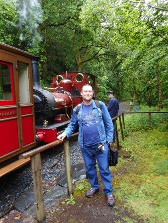 Talyllyn Railway: Me with No 2 Dolgoch at Abergwynolyn.