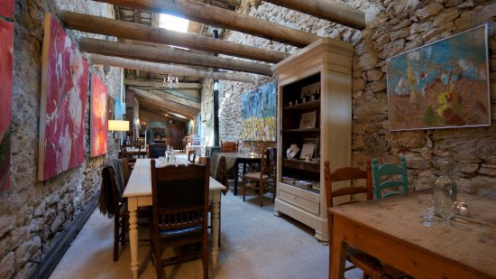 Saussignac, France: Inside Le Cafe 1500