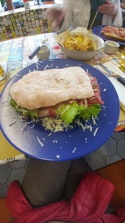 Pianiga, Italy: Io non finisco una pizza piccola ma di questo non è rimasto nulla...