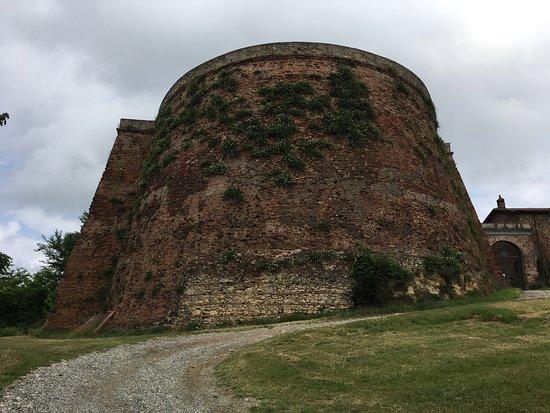 Verrua Savoia, Italien: Visita alla Fortezza con tempo drammatico