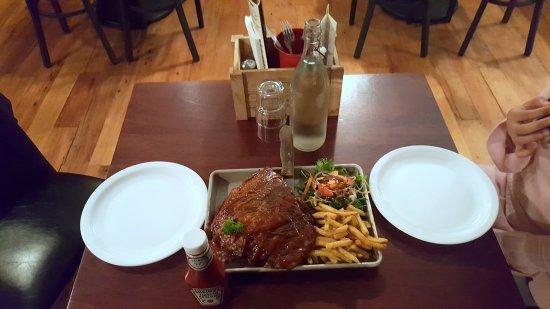 Lower Hutt, Nueva Zelanda: Signature dish full slab!