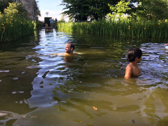 Isigny-sur-Mer, France: Natural Swimming Pool