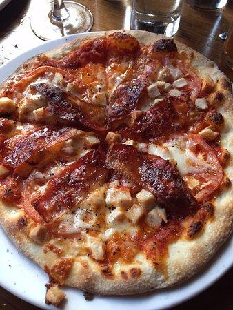 Piz za za Restaurant & Vin: pizza club