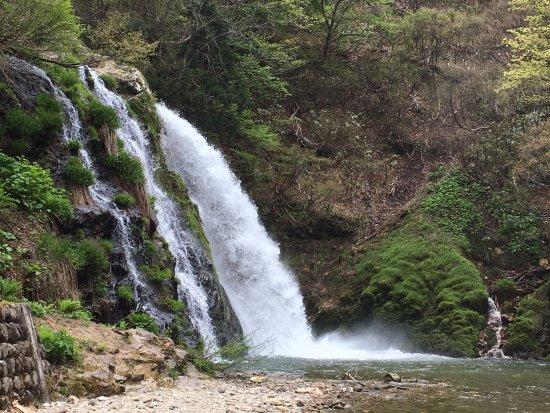 Shirogane Park : 温泉街の一番奥にある白滝