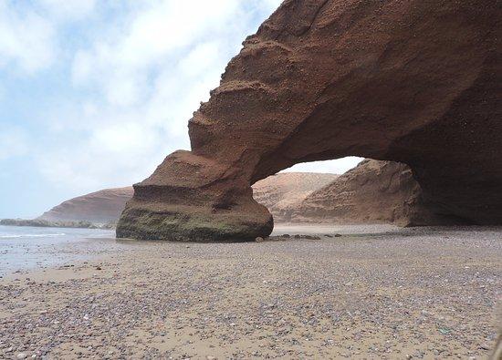 Legzira Beach: Знаменитая арка пляжа Легзира