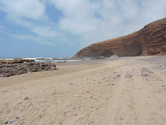 Legzira Beach: Пляж